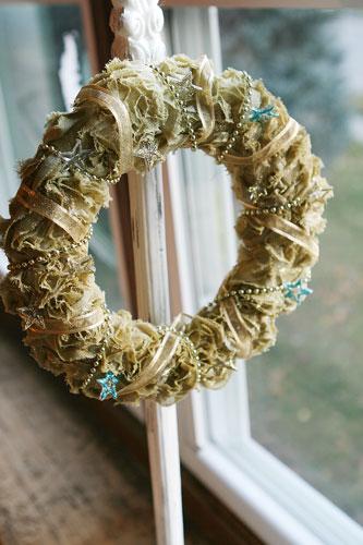 Maya Road Design Team: Maya Road inspired Christmas wreath!