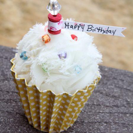 MR Ronda Happy Birthday  Cupcake