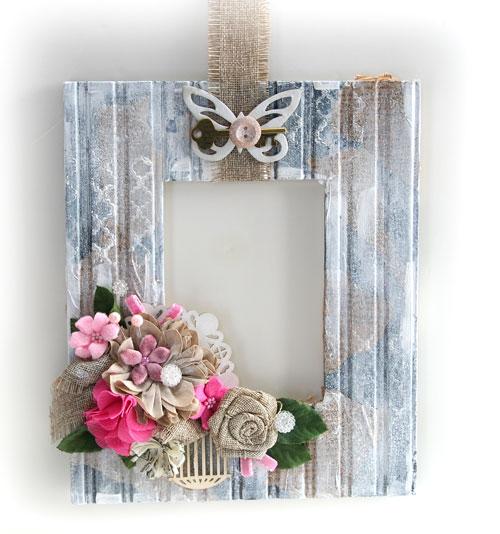 Shabby-Frame-Wreath