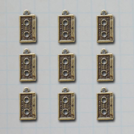 VF2686 - Mixed Tape Charms