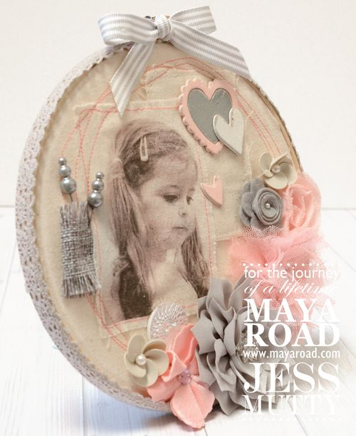 Lily Muslin Hoop side_Jess Mutty_Maya Road