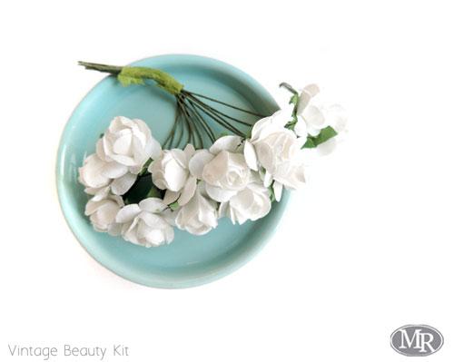 Addon-white-roses