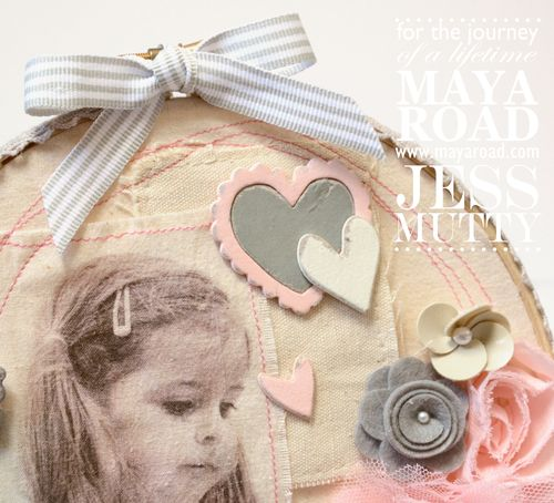 Lily Muslin Hoop detail2_Jess Mutty_Maya Road